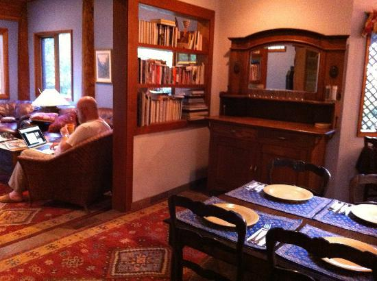 Inn at Clifftop Lane: The sideboard where breakfast, is served, looking into the common room on the left.