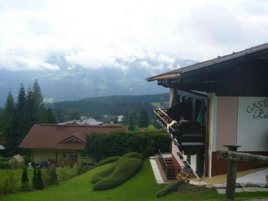 Landpension Koberl: Hier die Balkone der Zimmer 1 und 2