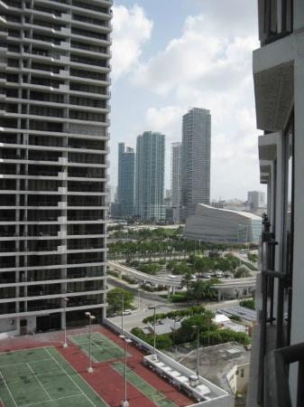 view of downtown miami when looking to the right from bay. Black Bedroom Furniture Sets. Home Design Ideas