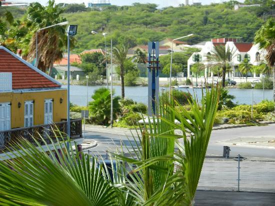 PM78 Urban Oasis Curacao: Uitzicht