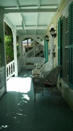 Courtney's Place: Front entrance/porch