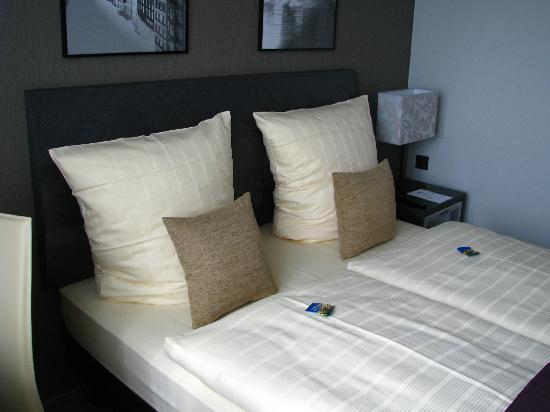 City Hotel Hamburg Mitte: Zimmer