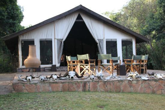 Sekenani Camp: Dining Tent exterior