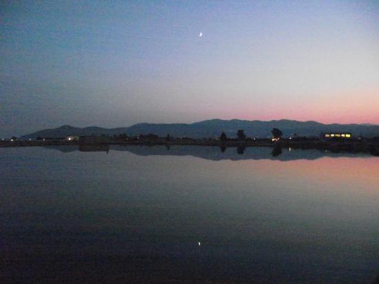 Villa Anna Studios: Glyfada lake at dusk.