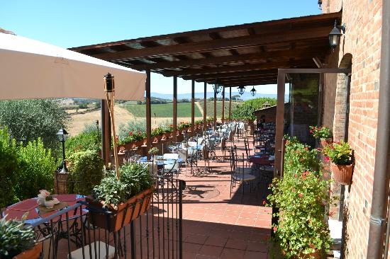 Terrazza ristorante - Bild von Borgo Tre Rose, Montepulciano ...