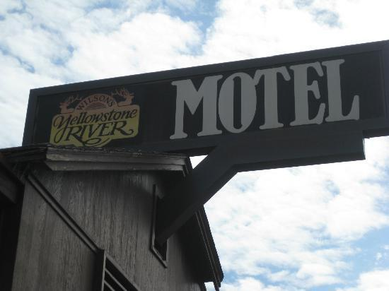 Yellowstone River Motel: motel