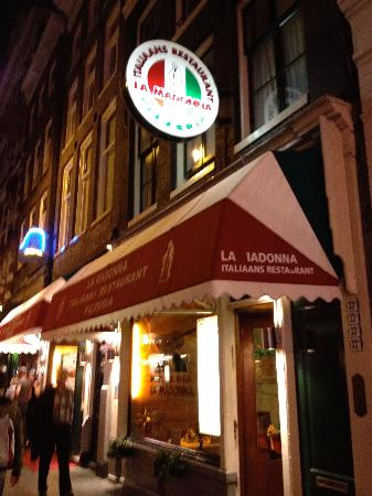 La Madonna : Nice night time atmosphere with candle light