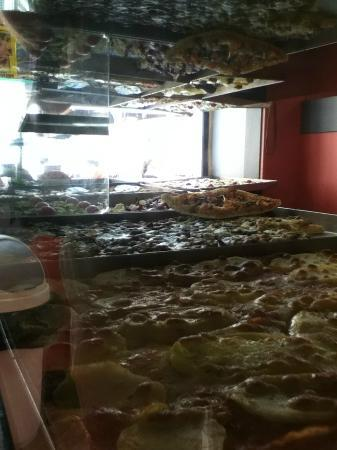 Pizza Doge : pizza, pizza, and more pizza