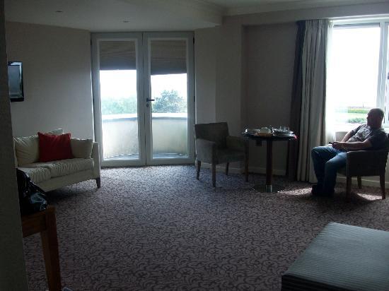 شالتهيل هوتل: our room
