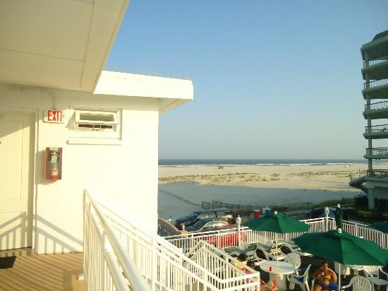 Commander-By-The-Sea-Motel: View from third floor