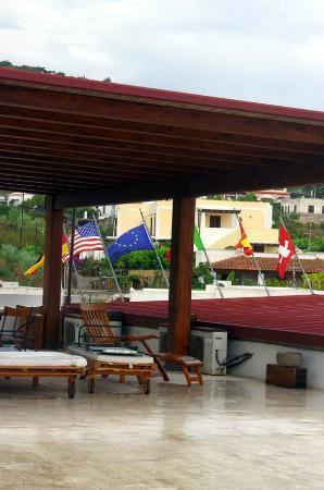 Residence-Hotel Baia Portinenti: solarium