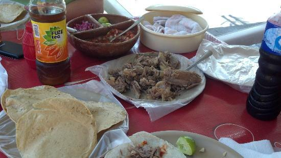 Carnitas El Ice: Mmmmm carnitas!