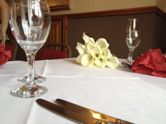Hazeldene Hotel: the rowan suite
