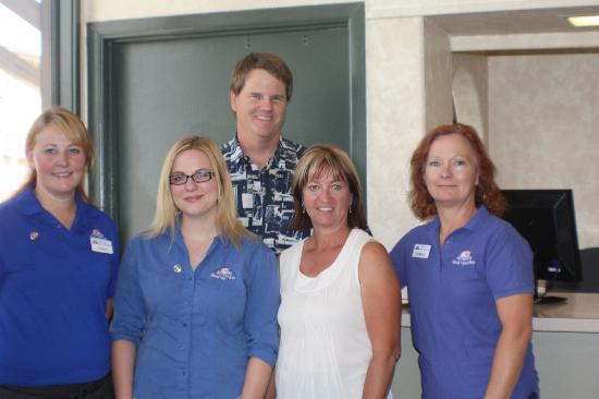 Americas Best Value Inn- Grand Junction: Your Staff at ABVI Horizon Inn