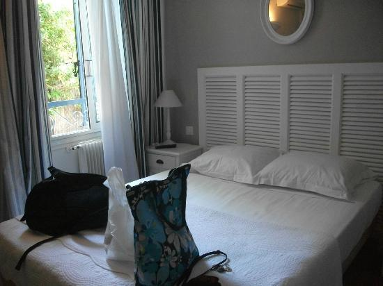 Hôtel Albert 1er Cannes : Our room - clean & cozy