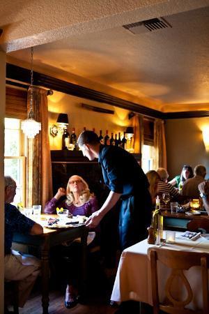 Marzano's Restaurant: Dining Room