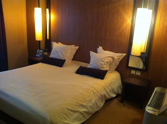 Teneo Apparthotel Bordeaux Begles: chambre