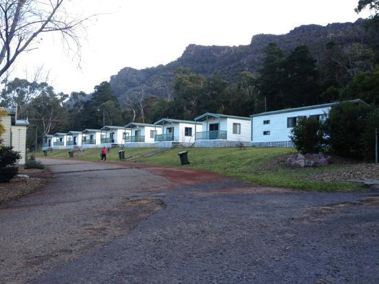 Halls Gap Caravan Park: the row of deluxe cabins