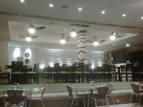 Hotel La Finca: Restaurant remodelado