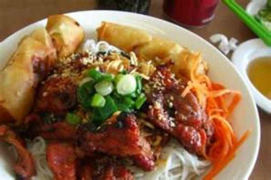 My Place Restaurant: vercemine Noodle Combo