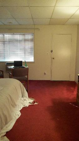 توماك موتور إن: Room 