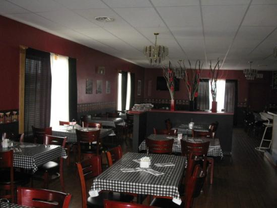 Thriftlodge Cochrane South: Terry's Steak House