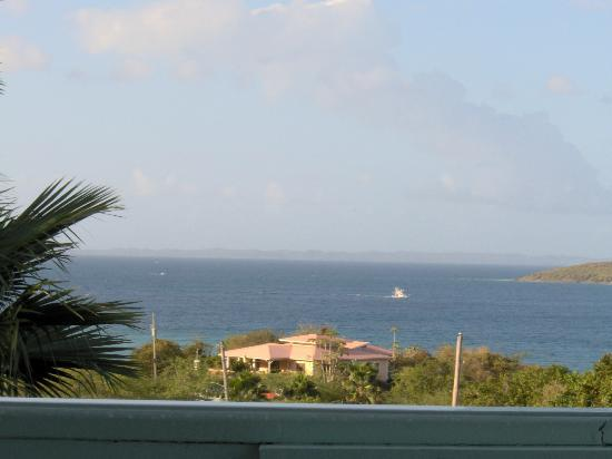 Tamarindo Estates Beach Apartments: Vieques on the horizon
