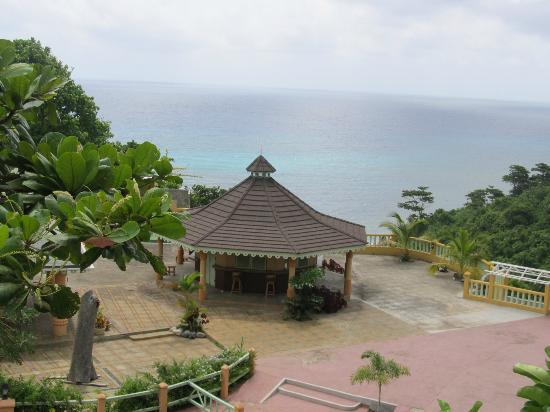 Pimento Lodge Resort: The view from my balcony!!