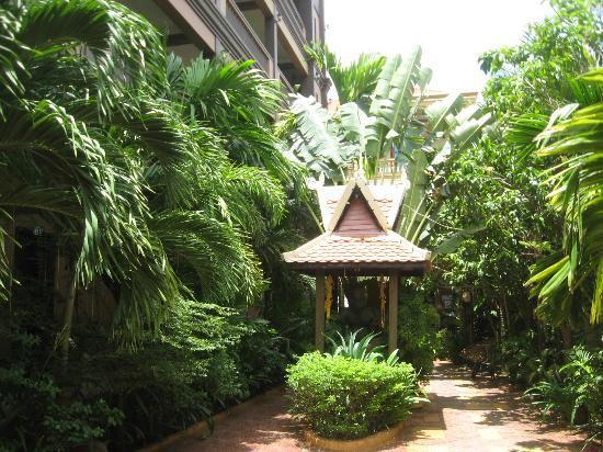 Tanei Boutique Villa: Hotel Grounds