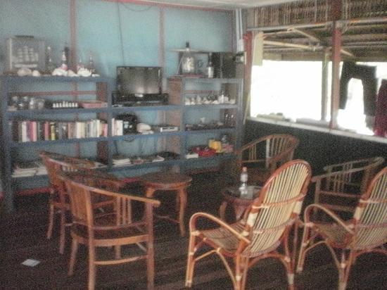 Bersatu Nipah Chalets: Lounge