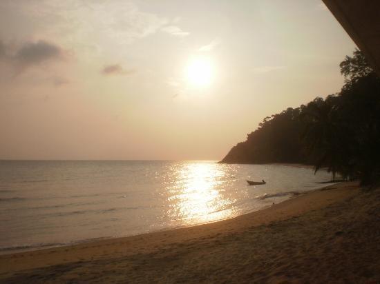 Bersatu Nipah Chalets: Sunset