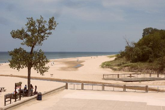 Indiana Dunes State Park: Beach seen from the snack bar