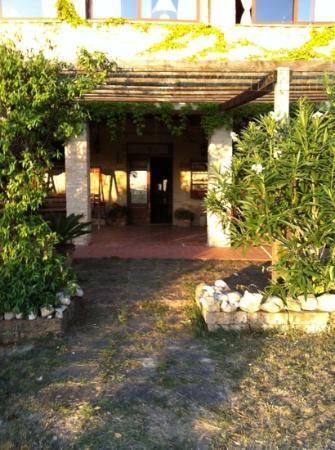 La Casa sul Colle: il portico