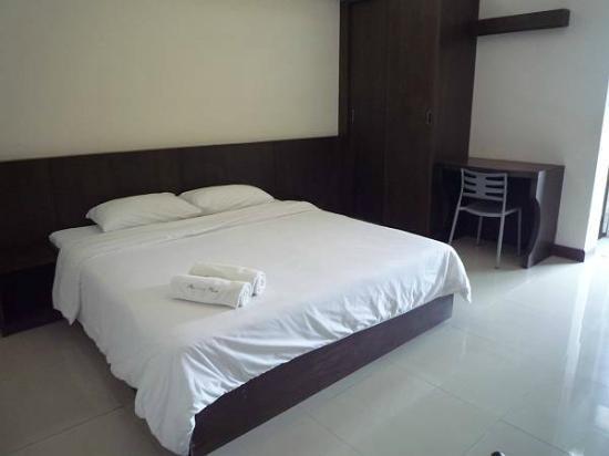 Phaiboon Place Hotel: 600バーツの部屋(5階)