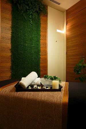 Four Seasons Hotel Tokyo at Marunouchi: 7F Spa - Treatment Room
