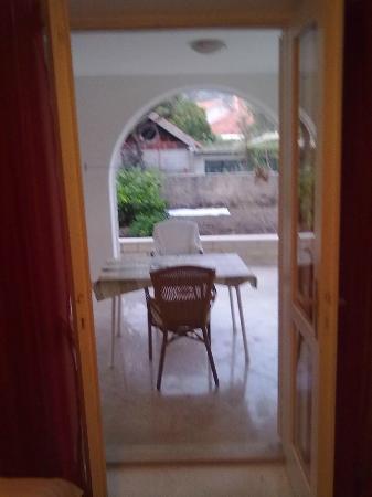 Apartments Nine Slano: Dolny taras