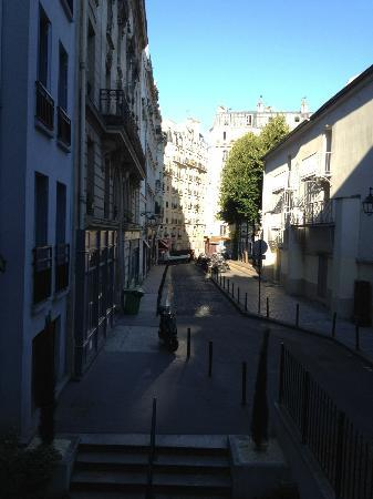 Adagio Paris Montmartre : View from my room