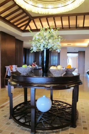 The Ritz-Carlton Sanya, Yalong Bay: The club lounge