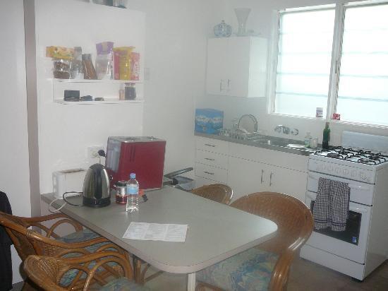 Villa Marine: full size kitchen