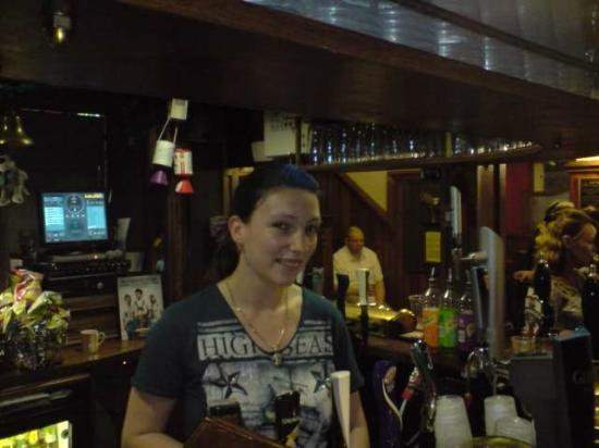 Scruffy Murphy's: best barmaid ever
