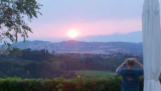 Borgo La Casaccia: Sunset from Casaccia's terrace