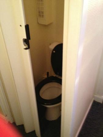 Hotel Savoy : les WC