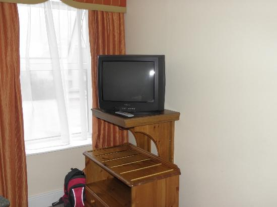 Towers Hotel: TV from the many years ago