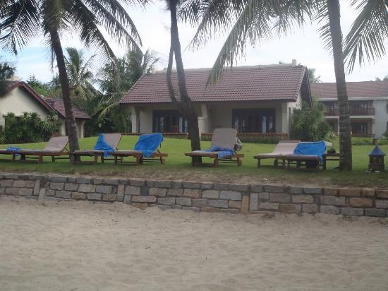 Palm Garden Beach Resort & Spa: View of our bungalow from the beach