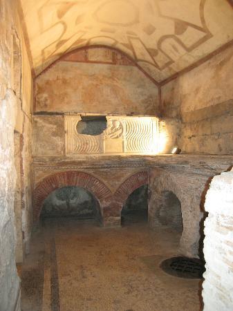 Underground Roma : Tombe di via Latina