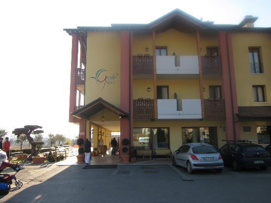 Hotel Garden Relais: FRONT OF THE HOTEL