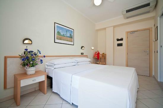 La Residenza : Esempio di camera..  ->> scopri tutti i servizi: www.laresidenza.net