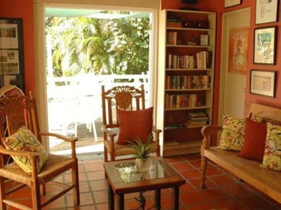 Casa Grande Mountain Retreat: Reading room in hacienda