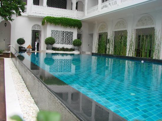 Ping Nakara Boutique Hotel & Spa : swimming pool area