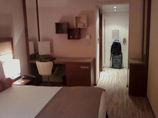 AC Hotel by Marriott Ambassadeur Antibes- Juan les Pins : Room 2